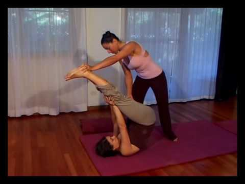 TRADITIONAL THAI YOGA MASSAGE - 'HAMSTRING TORTURE'