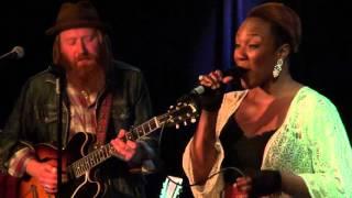 Watch Dion Walkin Blues video