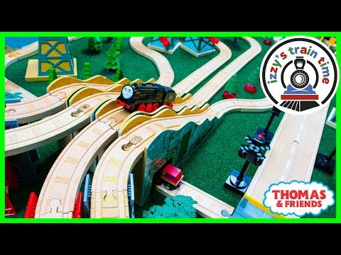 Thomas and Friends QUADRUPLE LOOP! Fun Toy Trains for Kids with Brio