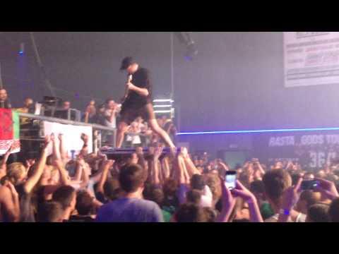 Enter Shikari – Zzzonked (live in Minsk 25/09/2015)
