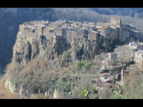 Picturesque Calcata, Ancient Italian Town On A Cliff!