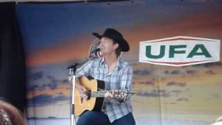 Watch Paul Brandt My Heart Has A History video