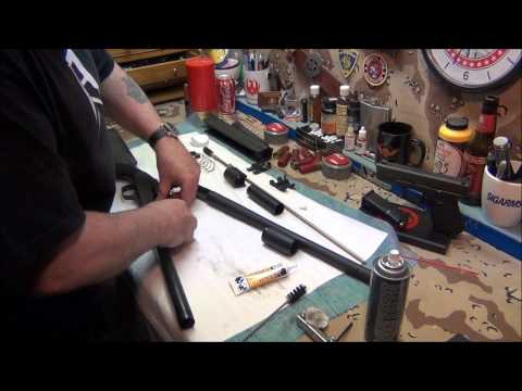 Shotgun cleaning Mossberg 930