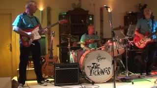 The Vickings play  ajoen ajoen