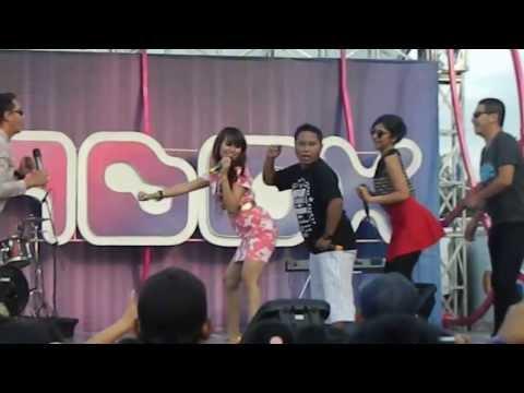 Lina Lady Geboy - Jarang Pulang At INBOX SCTV  24 April 2013