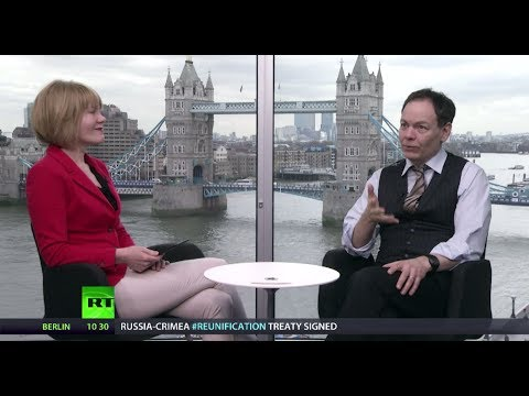 Keiser Report: People Power Age (E577)