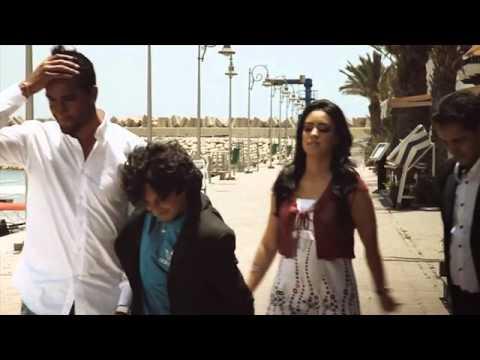 Episode: Premier Contrat :: Les Coups Lisses du Football :: Maroc