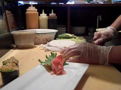 How to make Spicy Octopus Sushi @ Sushivids.com