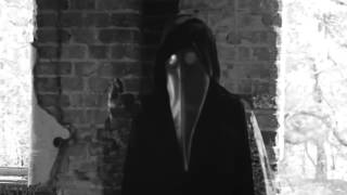 Creepy video of masked figure could be death threat to Obama 01101101 01110101 0110010