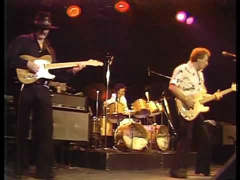 The Ventures live in LA 1981 - Perfidia