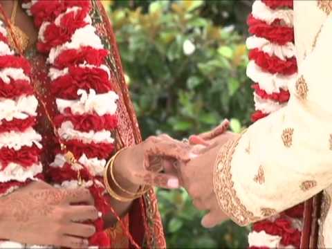 Indian Weddings By A Magic Moment video