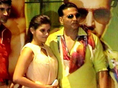 Akshay Kumar & Asin Visit Jaipur To Promote 'Khiladi 786'