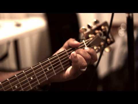 Hindi Christian Song ~ Karthe Hei Theri Hum Sthuthi / Acoustic Version