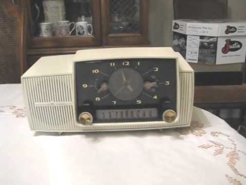 GE Clock Radio Repair - General Electric 1960 tube radio