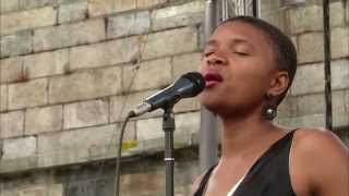 Lizz Wright - Open Your Eyes, You Can Fly - 8/10/2003 - Newport Jazz Festival (Official)