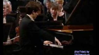 Alessio Bax, Brahms D minor piano concerto; Rondo (end)