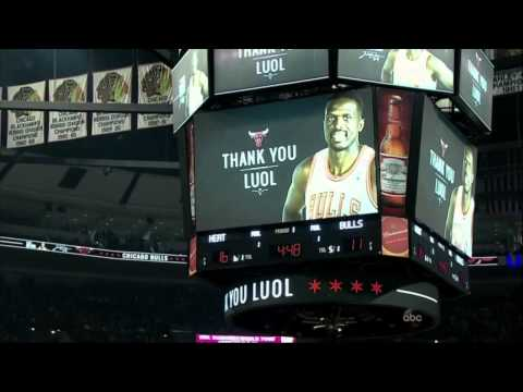 Bulls' Luol Deng tribute - Bulls vs Heat (25/01/2015)