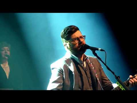 Decemberists - The Singer Addresses His Audience