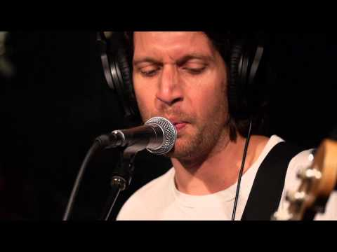 No Age - A Ceiling Dreams Of A Floor (Live @ KEXP, 2013)