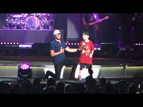 Luke Bryan - This Is How We Roll - Sioux Falls, SD