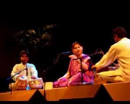 Kaushiki Chakrabarty - Raag Hamsadhwani-Comp. in teentaal