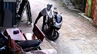 Những thằng trộm xe máy siêu nhanh và cái kết bất ngờ