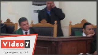 المحكمة تشاهد اسطوانات مدمجة خاصة بأحراز قضية