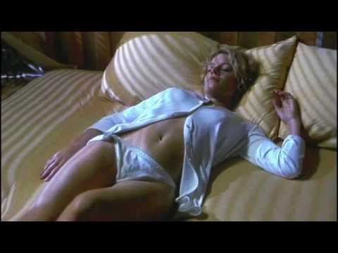 Hollow man sexy scene - YouTube