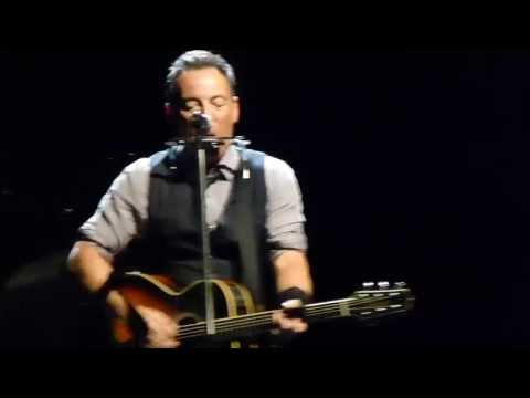 Bruce Springsteen 2013-05-08 Turku - I&#039;ll Work For Your Love (solo acoustic)