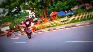 Training Stuntriding 2014 Fresstyle Motor Tricks Wheelie Spreader Kawasaki  Ninja 250R Full HD