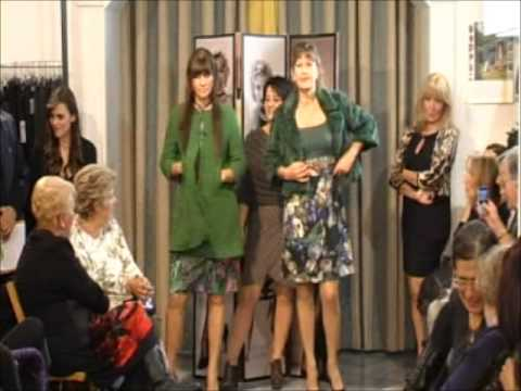2 PARTE SEGRETI DI DONNA SFILATA AUTUNNO - INVERNO 2012-13 .wmv