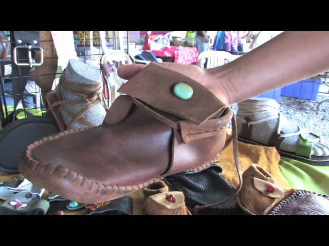 The Travel Creatives:  Treadlight's Wearable Leather Art