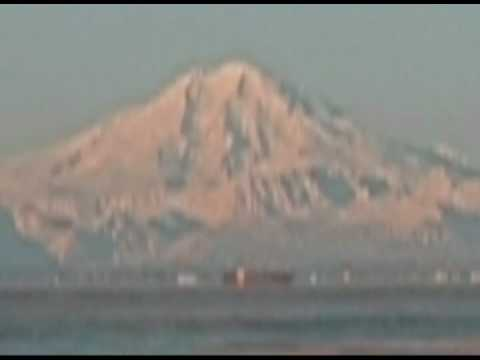Alaska's Mount Redoubt: Journey of a Tanker (2009) Video