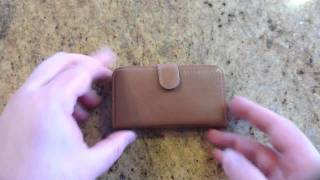 SGP iPhone 4/4S Leather Wallet Case Valentinus Series Review