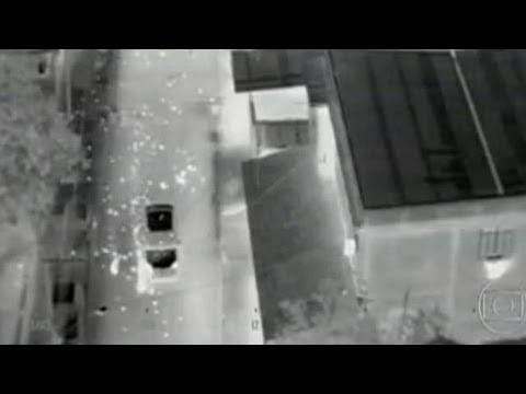 Helicoptero da polícia cívil matando o traficante Matematico