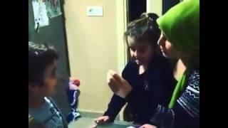 Trabzonlu annenin çocuğa ders. çalıştırması...