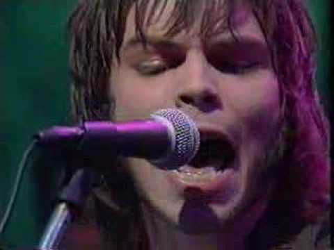 Supergrass - Caught By The Fuzz (live)