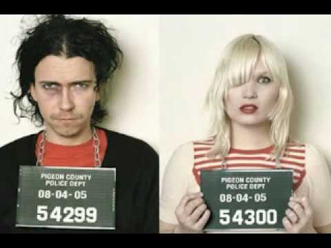Raveonettes - Im So Lonesome I Could Cry