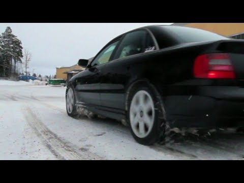 Audi S4 B5 quattro takeoff on snow