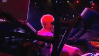 Watch Howard Jones Just Look At You Now video