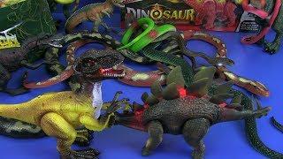 Dinosaur Gun Toys , Dinosaurs Toys Jurassic World , Snake Toys ! Box of Toys for Kids