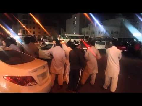 Saudi Arab Pakistani vs pakistani fighting 5 minute coming saudi polish.