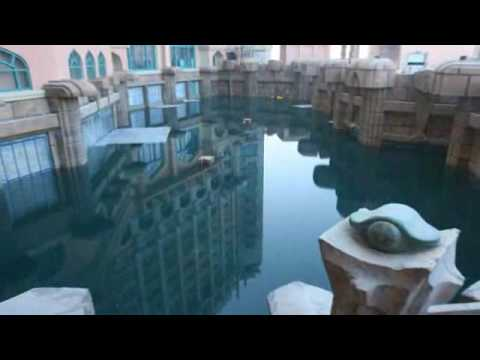 Atlantis Hotel, The Palm Dubai...Rising from the Crescent