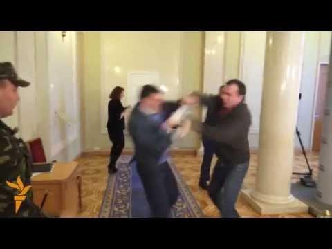 Fistfight Breaks Out In Ukrainian Parliament