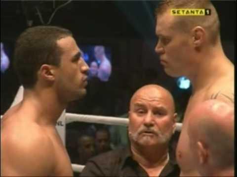 Sem Schilt vs Badr Hari IT'S SHOWTIME World Title Heavyweight