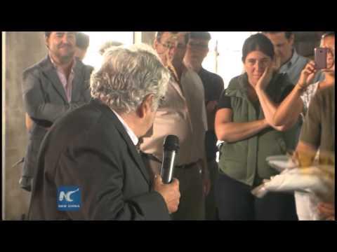 Uruguay's Mujica opens agrarian school