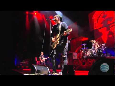 Blink 182 - Live In Vegas Full Concert (2011) video