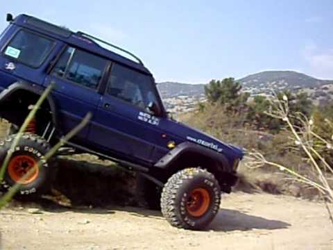Blue Monster Big Foot Land Rover Articulation Youtube