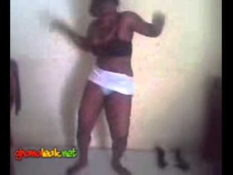Ghanaian girl doing some crazy dancehall moves