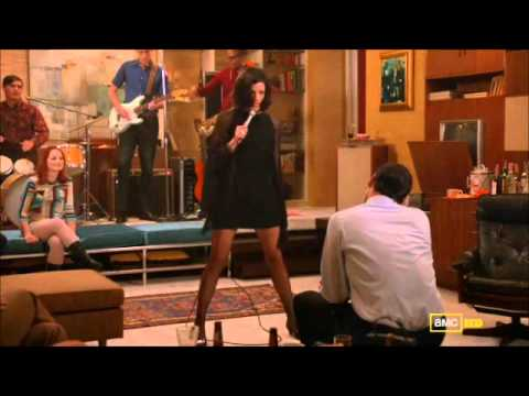 Thumbnail of video Zou bisou bisou - Jessica Pare (Mad Men 5x01)